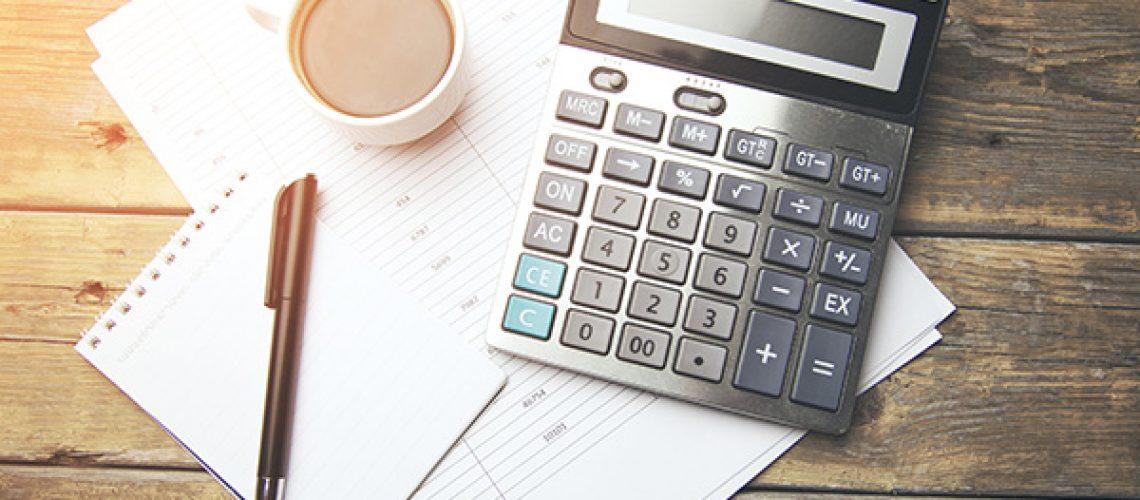 TNR-office-bg-600-bookkeeping